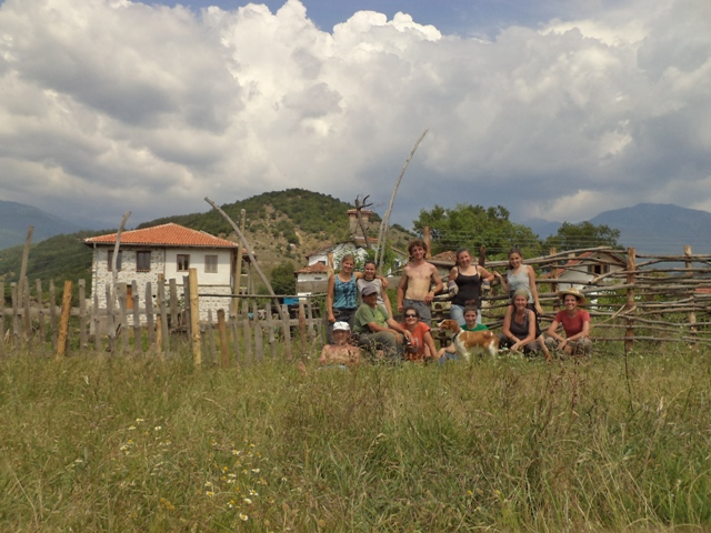 Volunteers in Vlahi