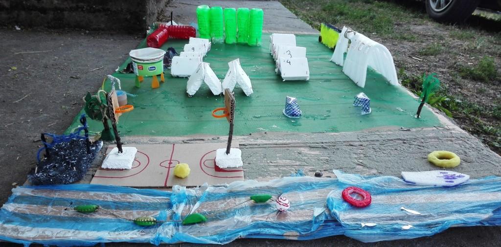 Рециклаж - макет на лагера от подръчни материали