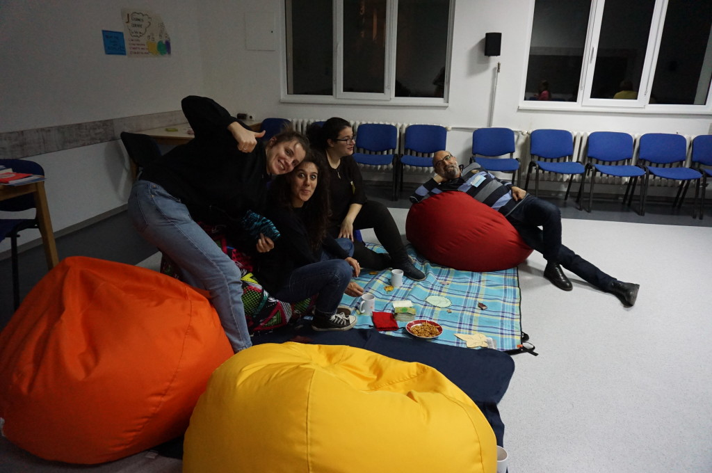 Judyta, Valentina, Sofia and Ioannis enjoying the first evening of the training